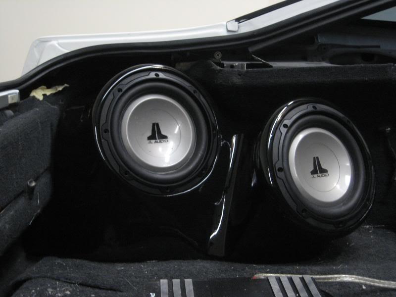 JL Audio 8W1V2 1