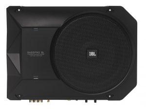 audio automotriz - woofer amplificado marca JBL