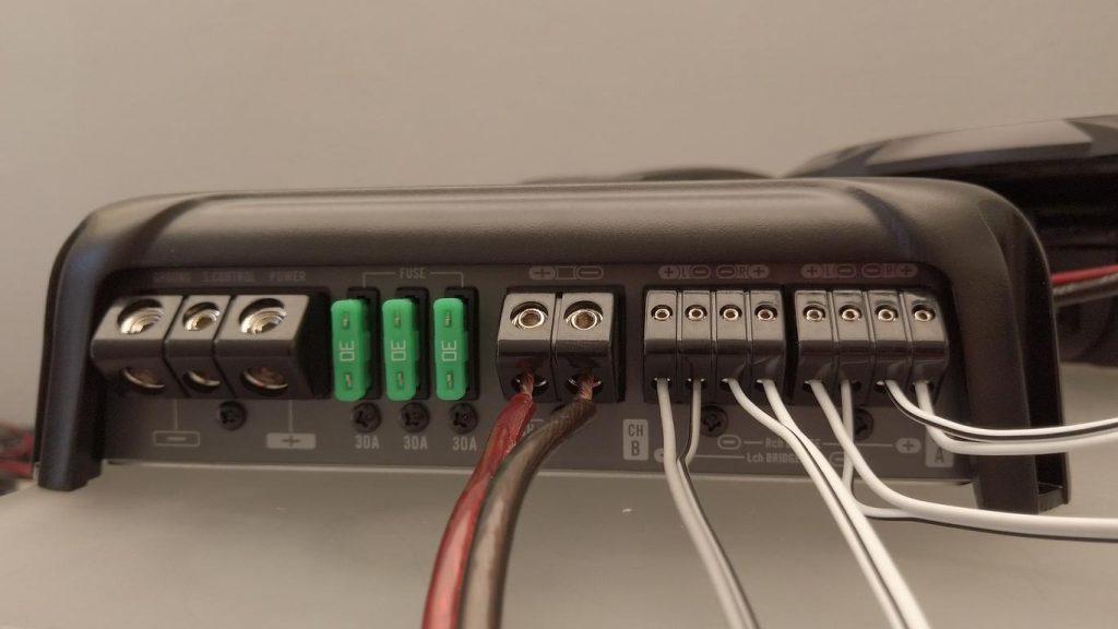 conexión 5 canales PIONEER GM – D9705