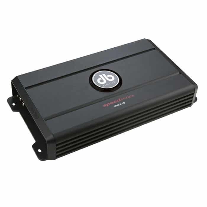 Amplificador SPA12.1D DB Drive que entrega hasta 1200 watts RMS